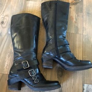 Women's Matisse black leather boots, size 10